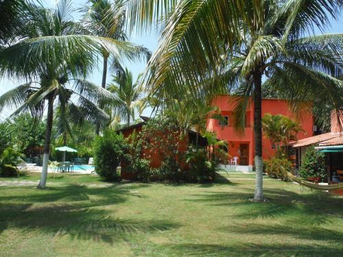A garden outside Pousada Jangada
