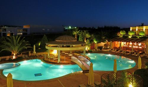 A view of the pool at Ambassador Hotel Thessaloniki or nearby