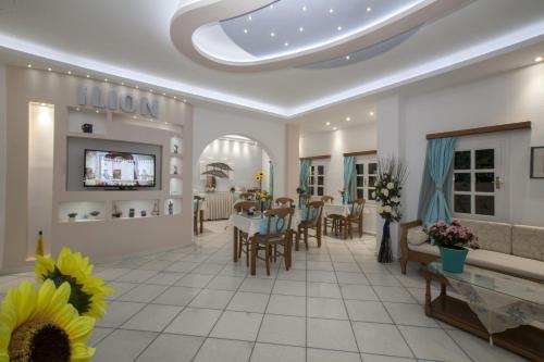 Εστιατόριο ή άλλο μέρος για φαγητό στο Ξενοδοχείο Ίλιον