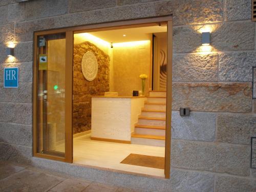 A bathroom at Hotel Alda Puerta Del Sol
