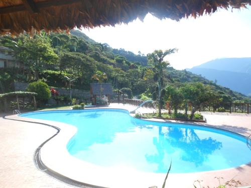 The swimming pool at or near Hotel Viejo Molino Coroico