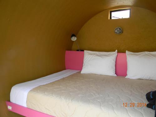 Cama o camas de una habitación en Tubohotel