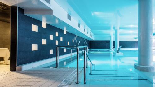 The swimming pool at or near Hotel Balneario Alhama de Aragón