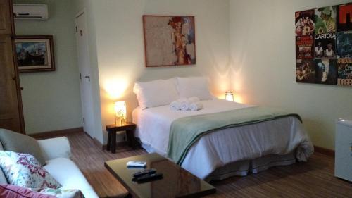 Cama ou camas em um quarto em Casa Santa Teresa B&B