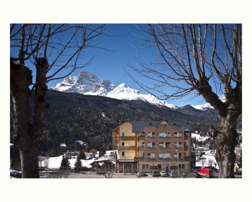 Antelao Dolomiti Mountain Resort during the winter