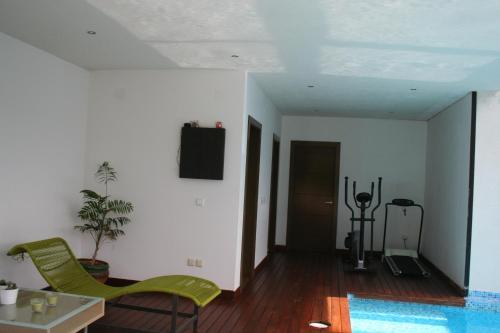 A seating area at Casa Vallromanes BCN