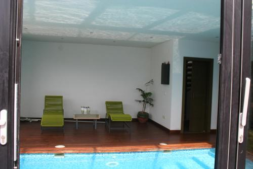 The swimming pool at or near Casa Vallromanes BCN