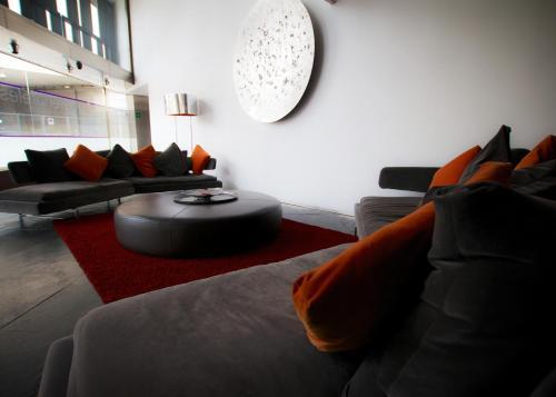 A seating area at Ayre Hotel Gran Vía