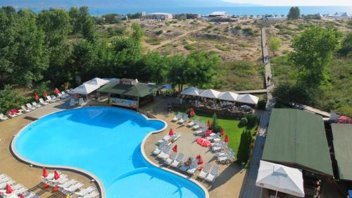 A view of the pool at Sirena Hotel or nearby