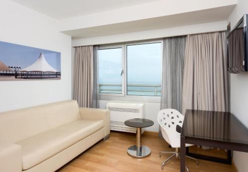 Zona de estar de Hotel Alicante Gran Sol, affiliated by Meliá
