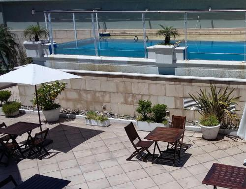 The swimming pool at or near Abasto Hotel