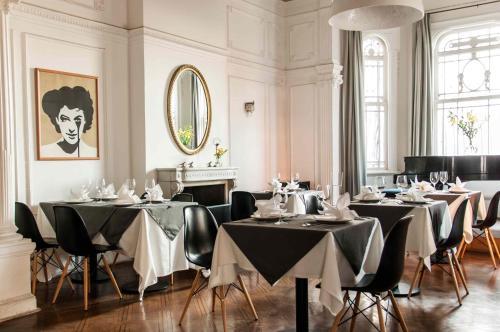 Un restaurante o sitio para comer en Palacio Astoreca