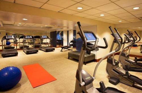 The fitness center and/or fitness facilities at W New York - Union Square