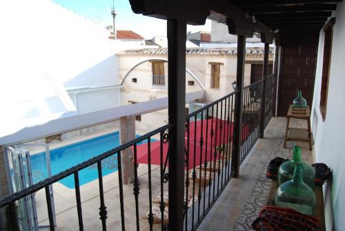 Vista de la piscina de Hotel Rural Casa Grande Almagro o alrededores