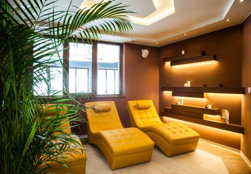 A seating area at Amira Boutique Hotel