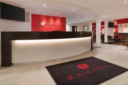 The lobby or reception area at Ramada Wakefield