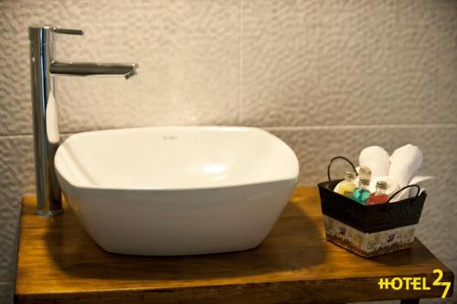 A bathroom at Boutique Hotel 27