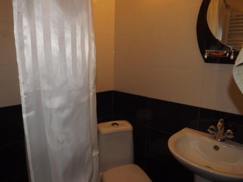 Ванная комната в Old Capital