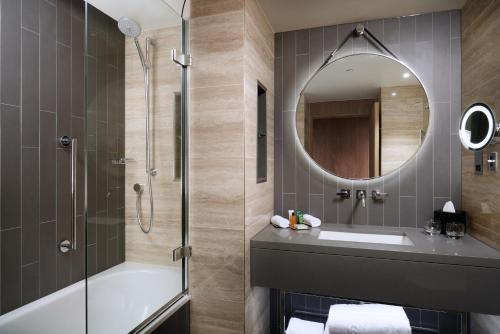 A bathroom at Hilton London Bankside