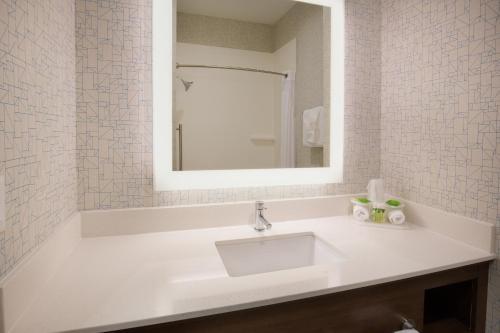 A bathroom at Holiday Inn Express & Suites Pahrump, an IHG Hotel