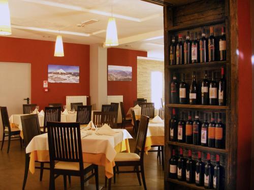 Restaurace v ubytování Hotel Dolomiti Chalet