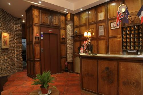 The lobby or reception area at Hotel Celtic