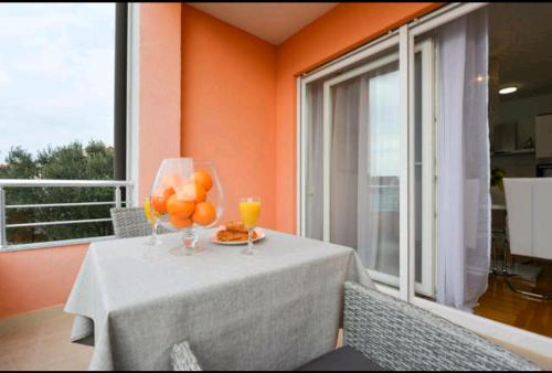 A balcony or terrace at Apartment Haja