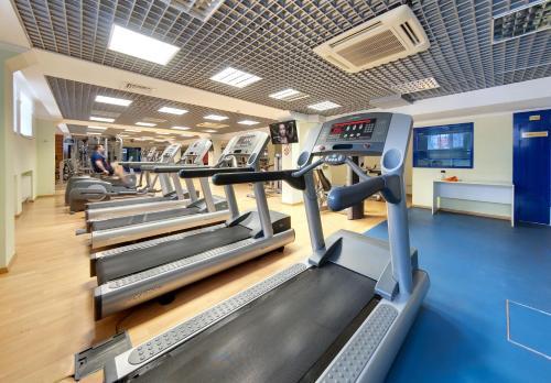 Фитнес-центр и/или тренажеры в Ревиталь Парк & Спа
