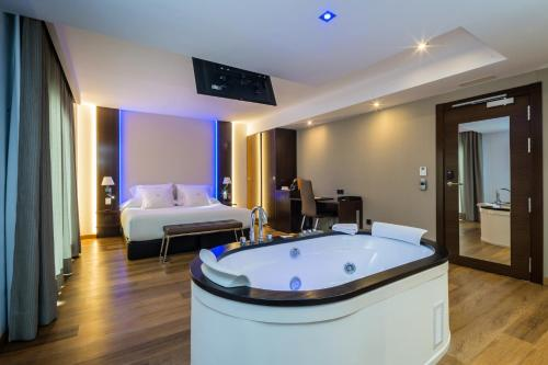 MB Boutique Hotel - Adults Only