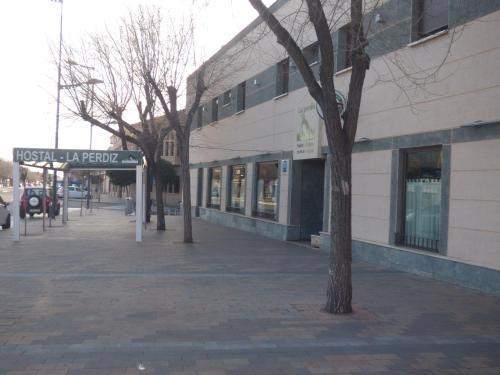 Fachada o entrada de Hostal La Perdiz