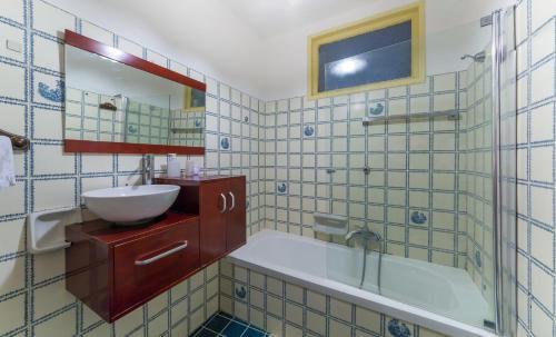 Salle de bains dans l'établissement L'Imbarcadero