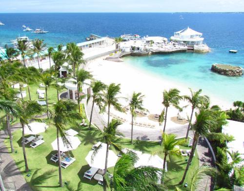 A bird's-eye view of Mövenpick Hotel Mactan Island Cebu