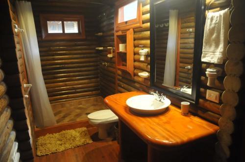 A bathroom at Hotel San Juan Ometepe