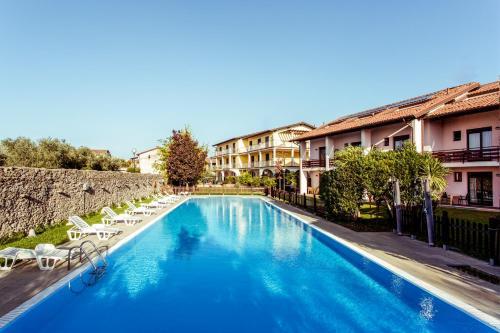 Piscina di Hotel Splendid Sole o nelle vicinanze