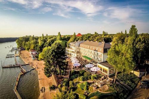 A bird's-eye view of Hotel Pietrak