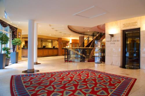 The lobby or reception area at Derby Mickleover Hotel, BW Signature Collection