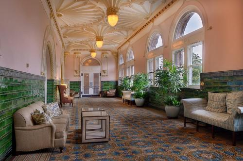 The lobby or reception area at St. Louis Union Station Hotel, Curio Collection by Hilton