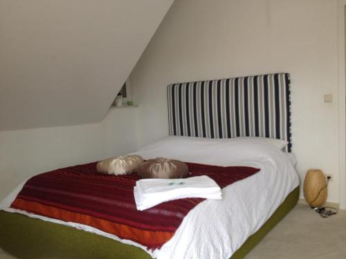 A bed or beds in a room at Villa Lohne