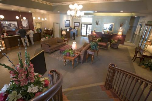 The lobby or reception area at River's Edge Resort
