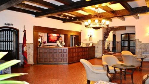 The lobby or reception area at Hotel Salta