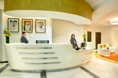 The lobby or reception area at City Seasons Towers Hotel Bur Dubai