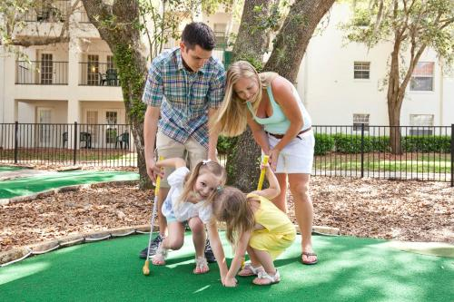 A family staying at Star Island Resort and Club - Near Disney