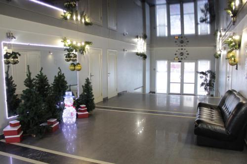 The lobby or reception area at Hotel & Hostel Kruiz
