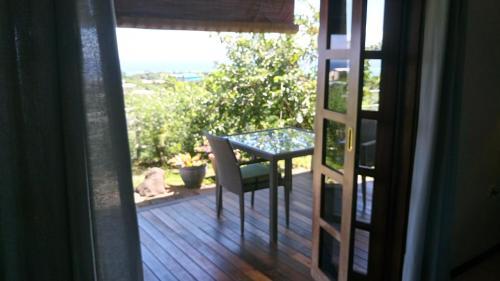 Uma varanda ou terraço em Piafau Hills