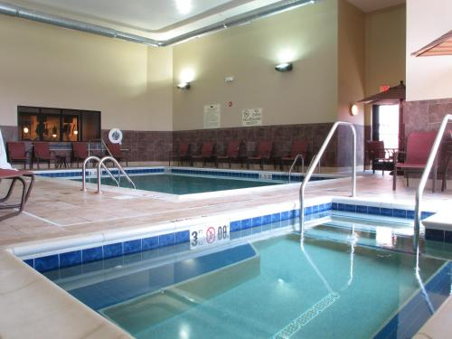 The swimming pool at or near Homewood Suites by Hilton Coralville - Iowa River Landing