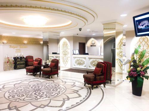 Лобби или стойка регистрации в Отель Биляр Палас