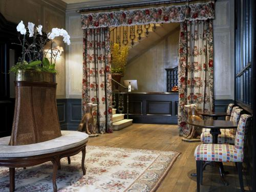 The lobby or reception area at Covent Garden Hotel, Firmdale Hotels