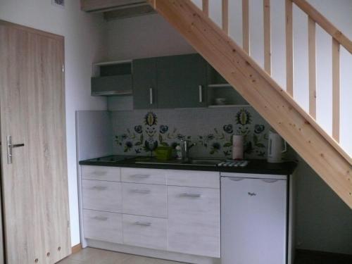 Kuchnia lub aneks kuchenny w obiekcie Gościniec Kaszubski Homestay