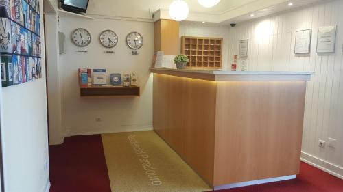 The lobby or reception area at Paradouro