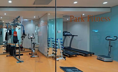 The fitness centre and/or fitness facilities at Ramada Istanbul Grand Bazaar